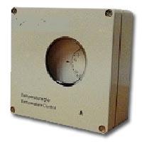 raumthermostat thermostat rippenrohr rippenrohrheizkoerper rippenrohrheizofen raumheizung elektrisch industrie konvektor konvektion aufzug rolltreppe schaltraum